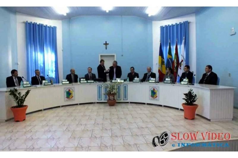 Rudimar e Grindo empossados. Foto www.campoere.com (3)