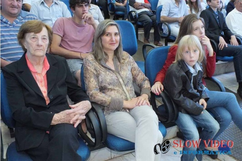 Rudimar e Grindo empossados. Foto www.campoere.com (9)