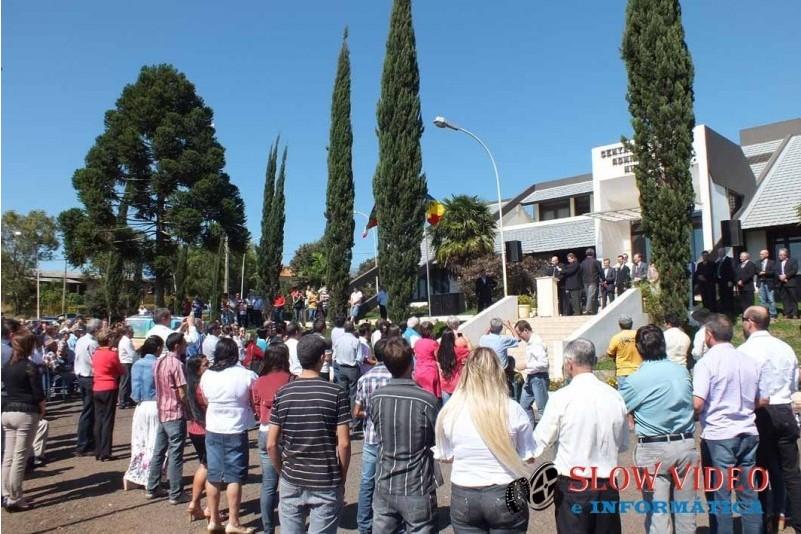 Rudimar e Grindo empossados. Foto www.campoere.com (22)