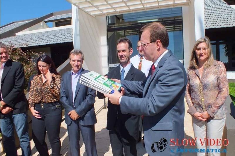 Rudimar e Grindo empossados. Foto www.campoere.com (26)