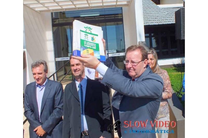 Rudimar e Grindo empossados. Foto www.campoere.com (27)