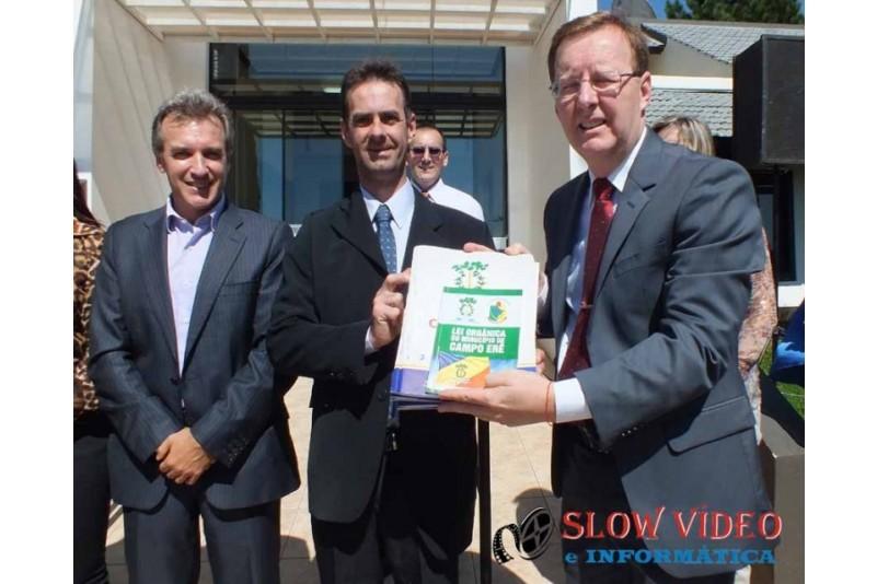 Rudimar e Grindo empossados. Foto www.campoere.com (30)