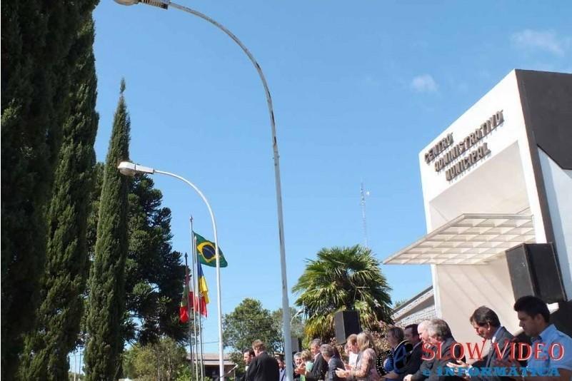Rudimar e Grindo empossados. Foto www.campoere.com (40)