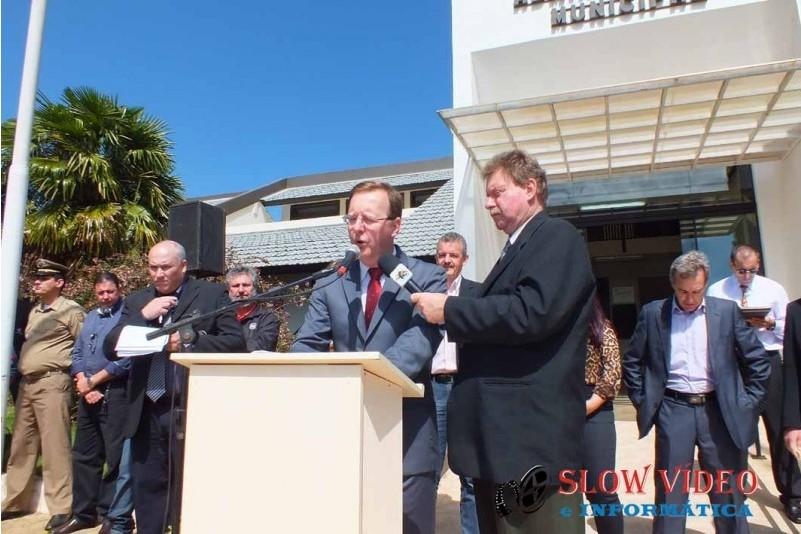 Rudimar e Grindo empossados. Foto www.campoere.com (52)
